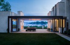modern waterfront darien michael haverland architect deck at dusk