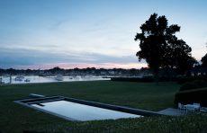 modern waterfront darien michael haverland architect pool at dusk