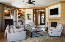 Century Old East Hampton Sanvold Blanda Architecture Living Room