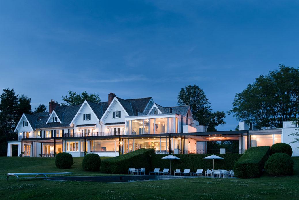modern waterfront darien michael haverland architect exterior